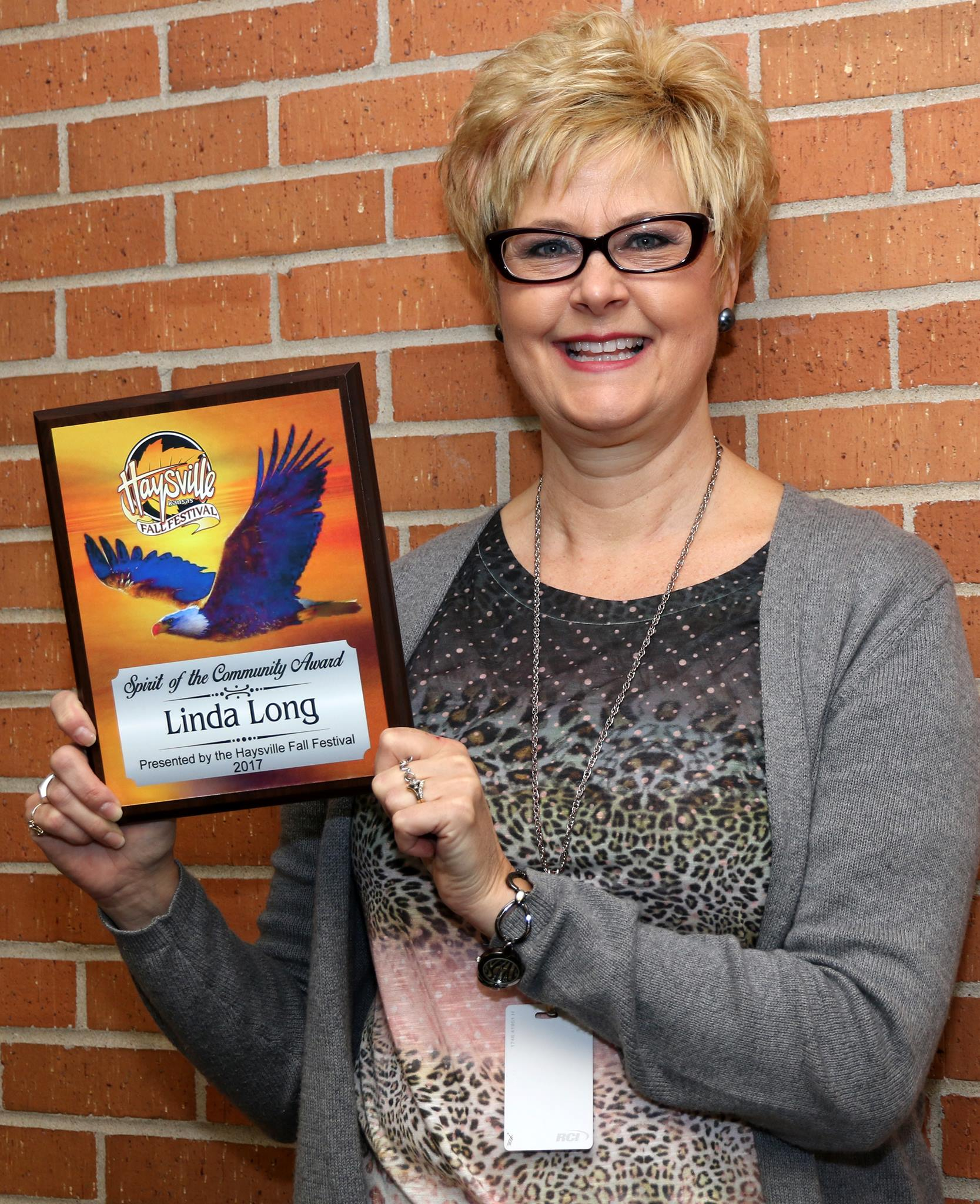 Linda Long Receives Spirit of the Community Award